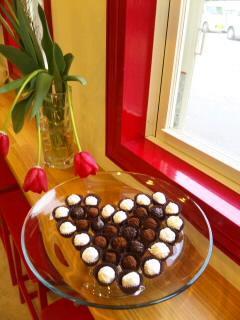 chocolatv2.jpg